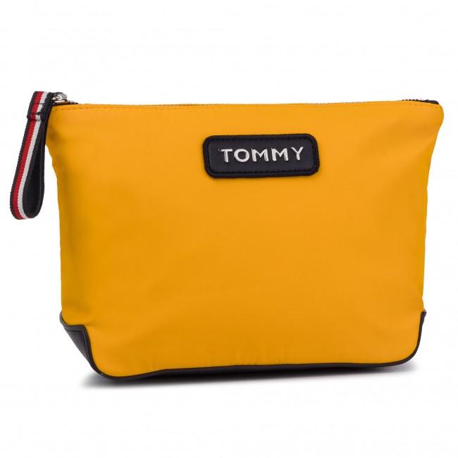 a011b9e3ae Beauty Case TOMMY HILFIGER - Varsity Nylon Washbag AW0AW06139 728 ...