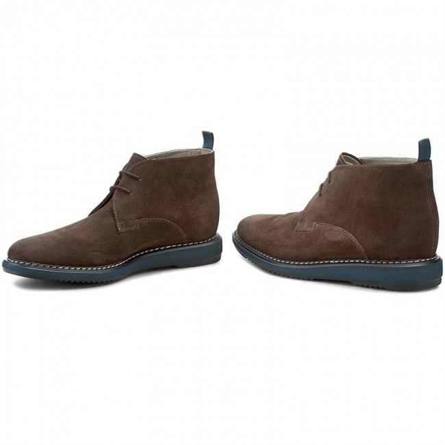 for whole family best supplier great look Boots CLARKS - Kenley Mid 261206897 Mushroom Sde