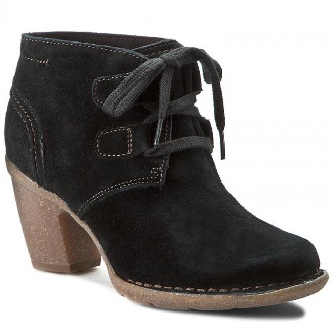 Boots CLARKS - Carleta Lyon 261204294