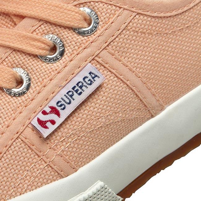 superga peach