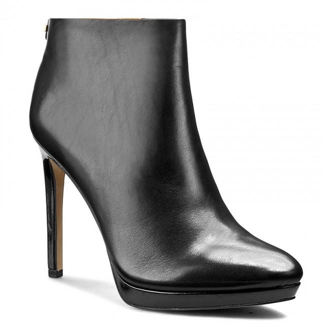 new arrival d68d3 0d57a Boots CALVIN KLEIN - Sandria E2237 Black