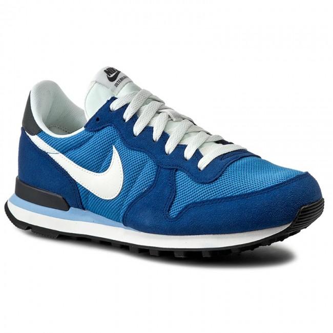 Shoes NIKE - Internationalist 828041