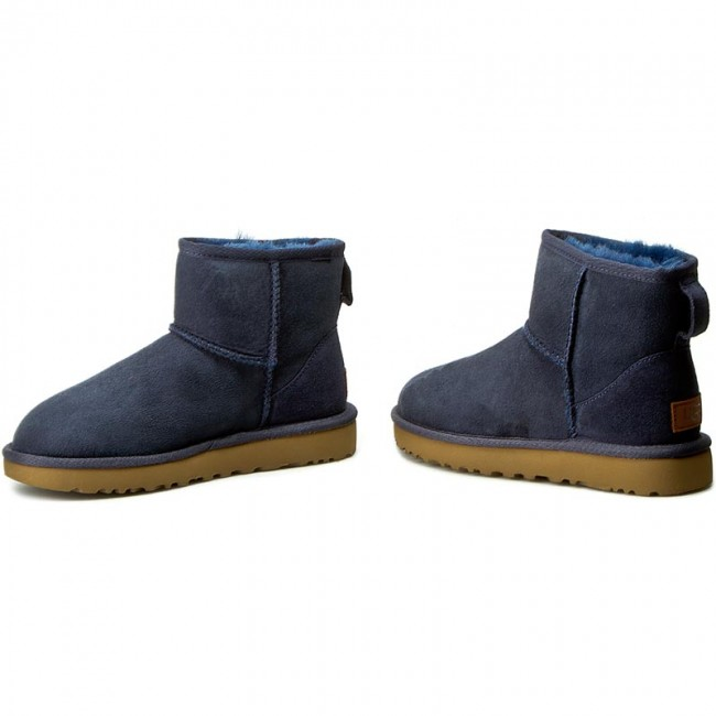 UGG Australia Classic Mini 5854 Navy US5 comfy sheepskin boots Sz 10 WORN ONCE!