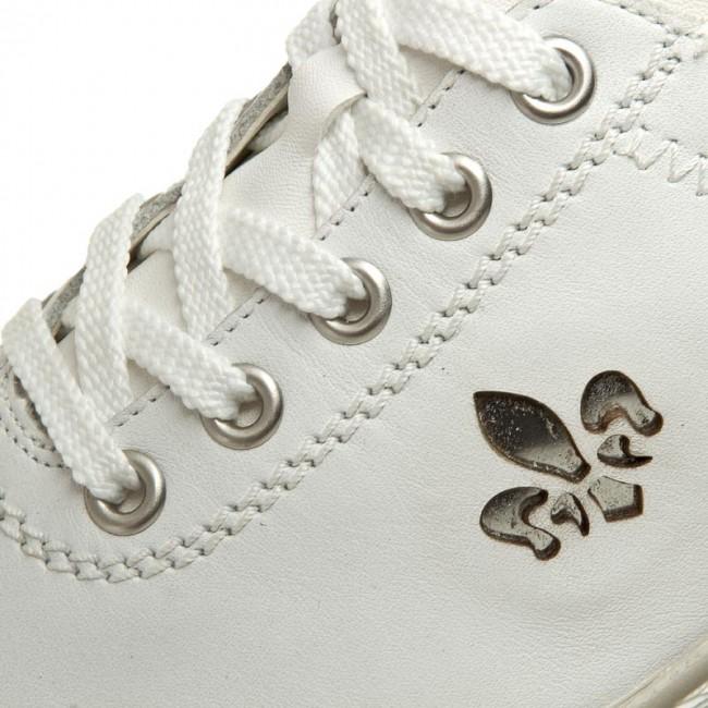 53701 80 Ladies White Casual shoe
