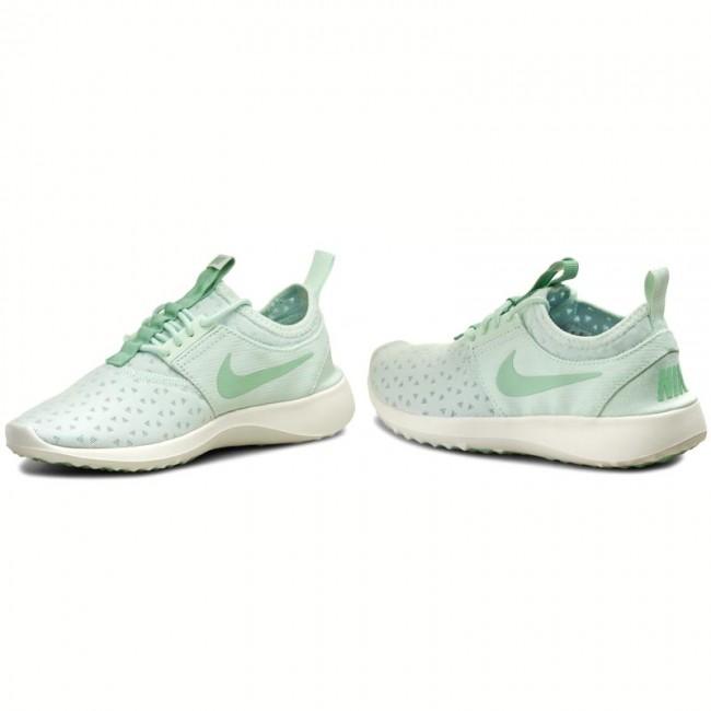 Shoes NIKE Juvenate 724979 308 Barely GreenEnamel GreenSail