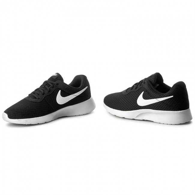 Schuhe NIKE Tanjun 812654 011 BlackWhite