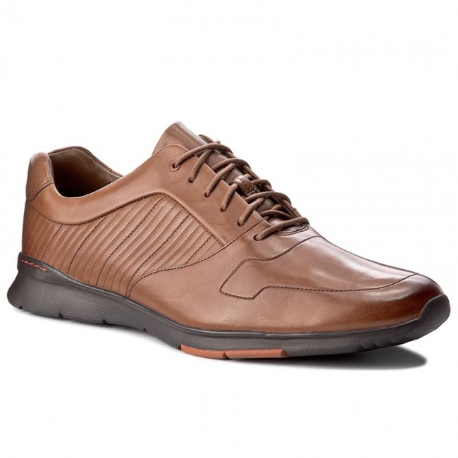 prima Descanso taburete  Shoes CLARKS - Tynamo Race 261199097 Tan Leather - Casual - Low shoes -  Men's shoes | efootwear.eu