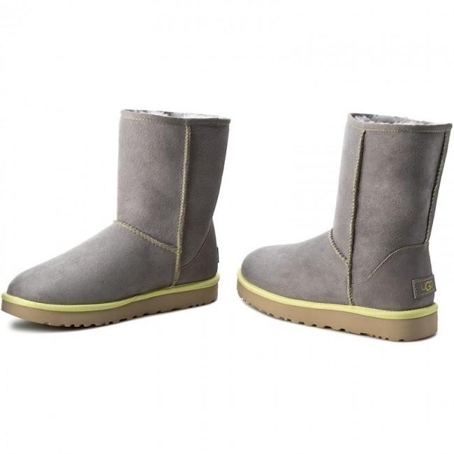 8c1c96081e7 Shoes UGG - W Classic Short II Neon 1016865 W/PCL