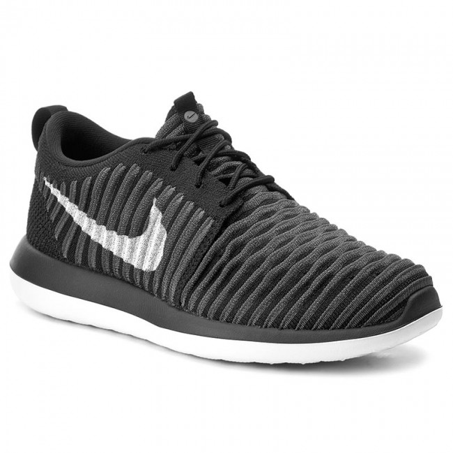 the latest 32092 baa52 Shoes NIKE - Roshe Two Flyknit (GS) 844619 001 Black/White/Anthracite/Drk  Gry