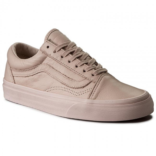 Old Skool | Shop Shoes At Vans in 2020 | Pink vans, Leather