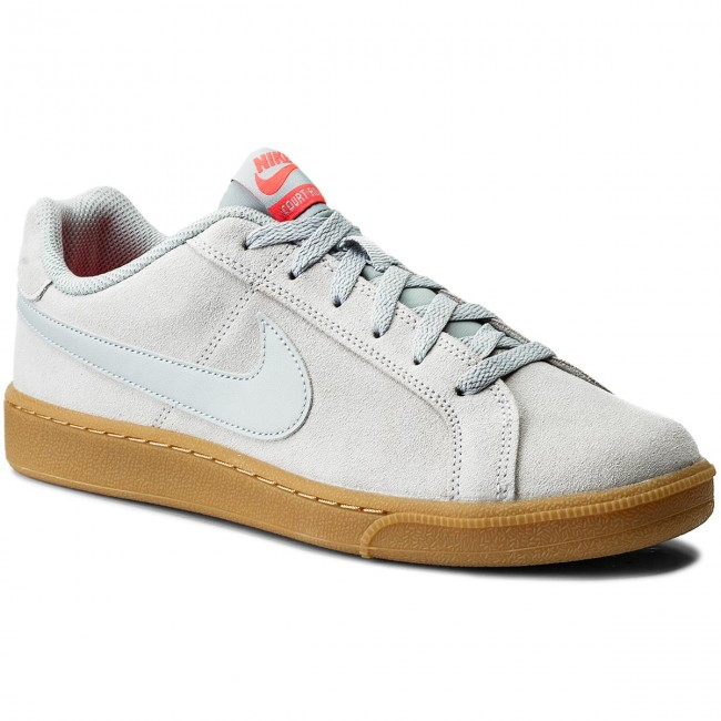 Nike Court Royale suède sneakers donkergroen | Products in