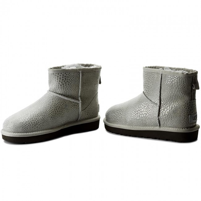 dd37b51b586 Shoes UGG - W Classic Mini Glitzy 1019637 W/Grv