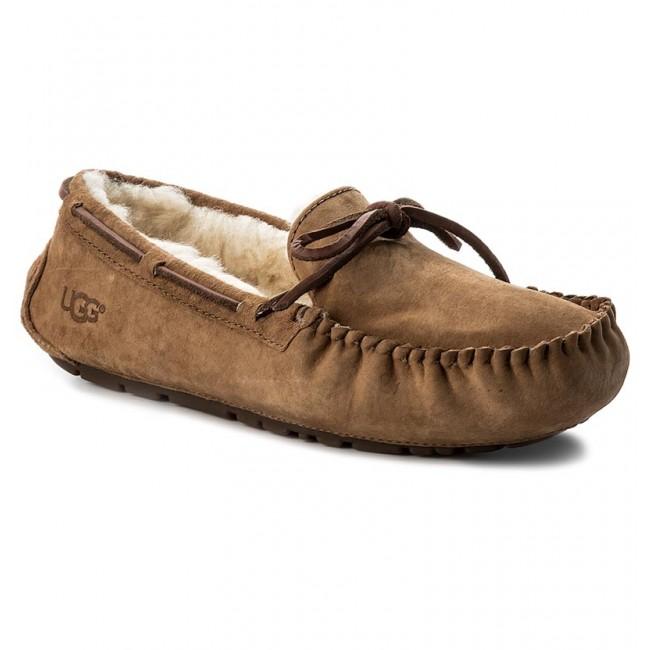 4415accd04d Slippers UGG - W Dakota 5612 W/Che