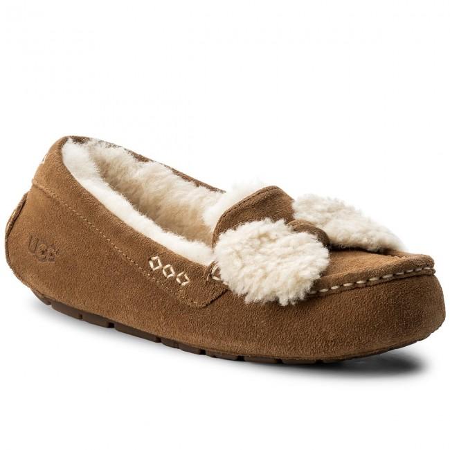 9b197f71a70 Moccasins UGG - W Ansley Fur Bow 1019758 W/Che