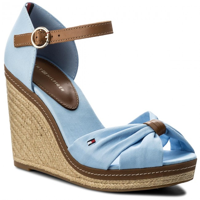 9d608dbe184 Espadrilles TOMMY HILFIGER - Iconic Elena Sandal FW0FW00905 Chambray Blue  407