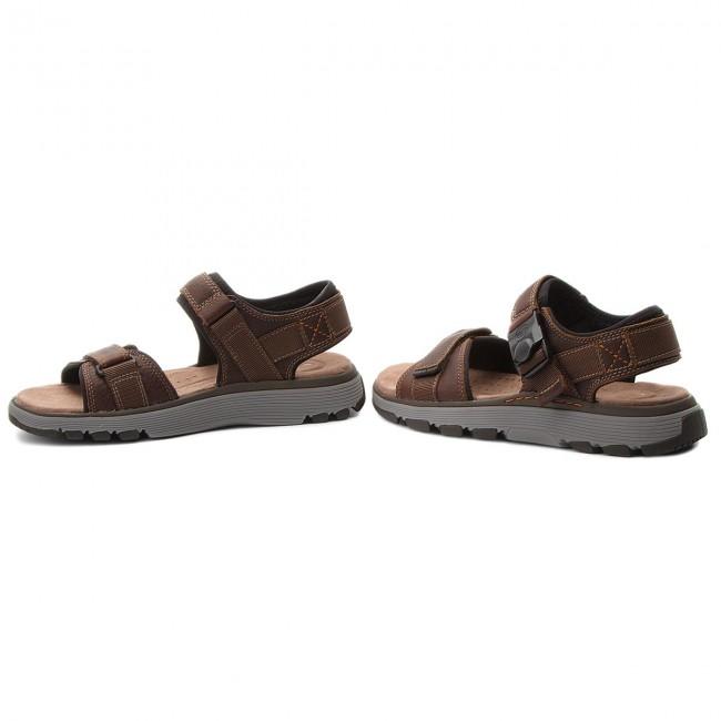 72da9972ac Sandals CLARKS - Un Trek Part 261318607 Dark Tan Leather - Sandals ...