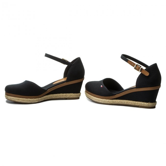 Espadrilles TOMMY HILFIGER Iconic Elba Basic Closed Toe FW0FW02838 Black 990
