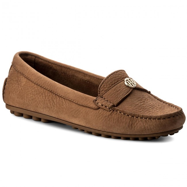 Moccasins TOMMY HILFIGER - Moccasin With Chain Detail FW0FW02783 Summer Cognac 929