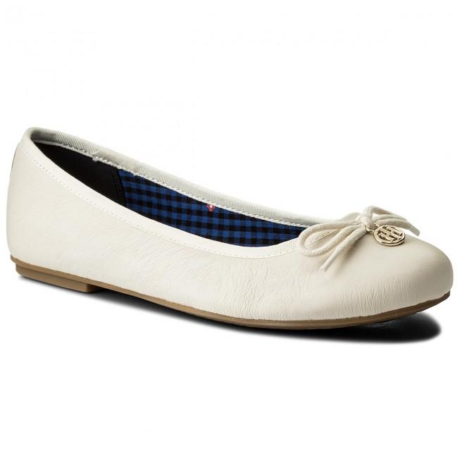 Flats TOMMY HILFIGER - Basic Leather Ballerina Charm FW0FW02814 Whisper White 121