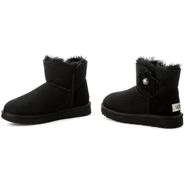 ec1c5725dd5 Shoes UGG - W Mini Bailey Button Poppy 1092295 Blk