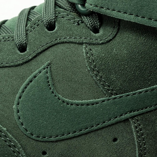 Nike Schuhe Air Force 1 High '07 LV8 Suede AA1118 300