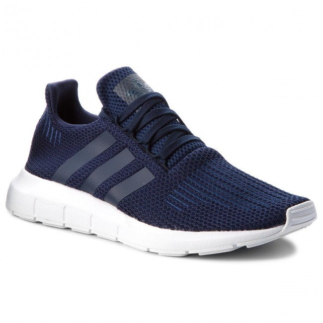 Shoes adidas Swift Run B37727 ConavyConavyFtwwht