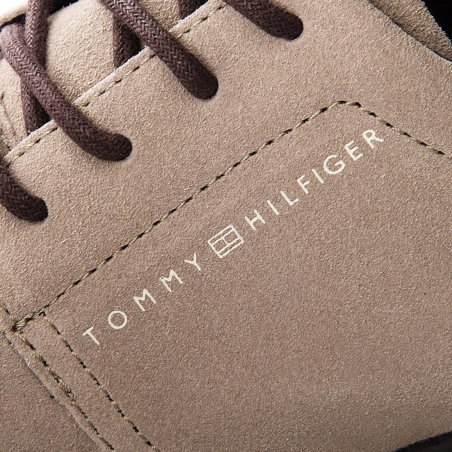 Shoes TOMMY HILFIGER Lightweight City Suede Shoe FM0FM01610 Taupe 255