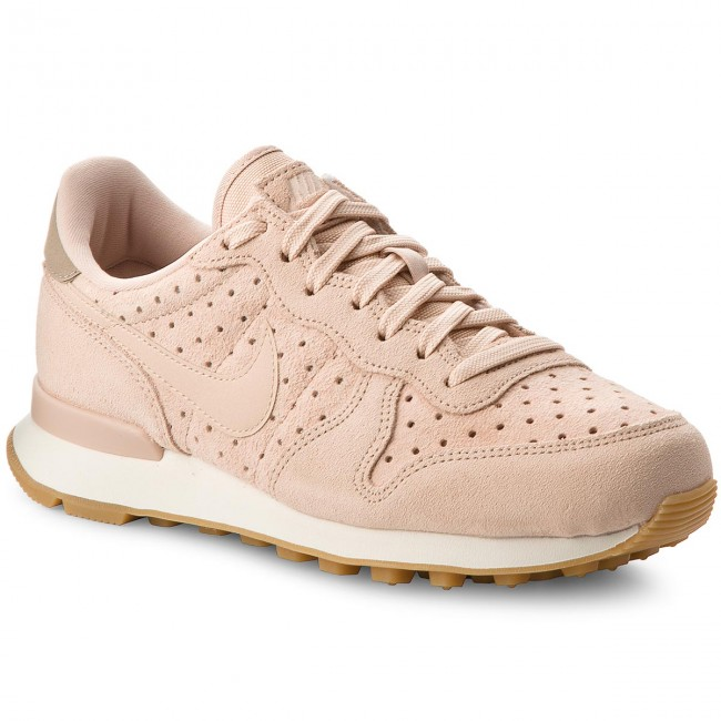 nike internationalist prm schoenen
