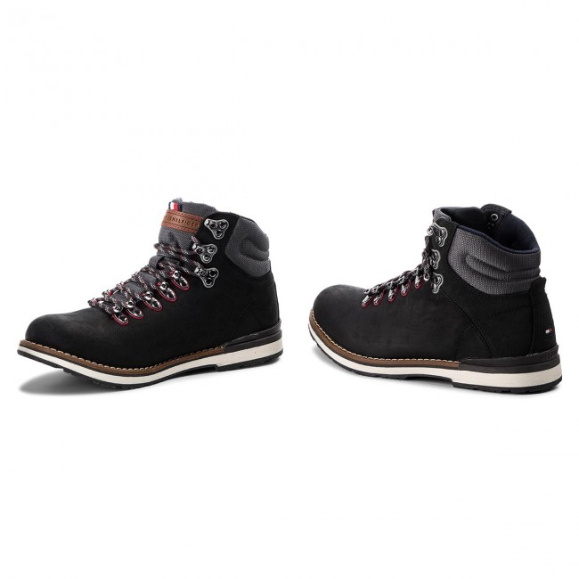 Hiking Boots TOMMY HILFIGER Outdoor Hiking Detail Boot FM0FM01755 Black 990