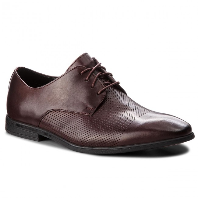Shoes CLARKS Bampton Cap 261354037 Burgundy Leather