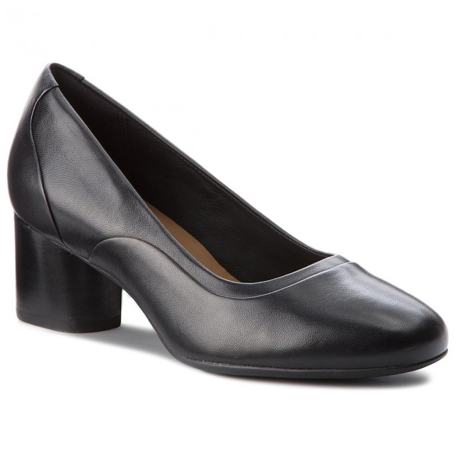 Clarks Ladies Leather Court Shoe Un Cosmo Step