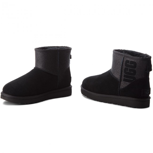 927441ae135 Shoes UGG - W Classic Mini 1098452 W/Blk