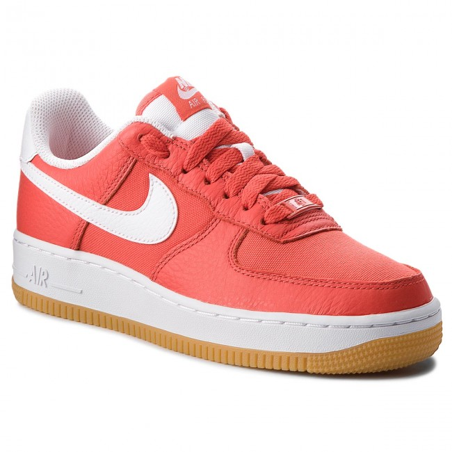 WOMAN AIR FORCE 1 07 PRM HABANERO RED//WHIT 896185-601