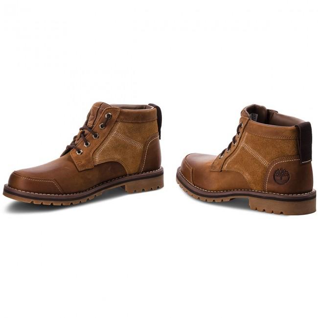 Hiking Boots TIMBERLAND Larchmont Chukka TB0A13HD Brown