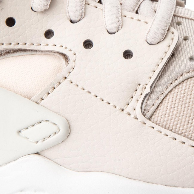 Shoes NIKE Air Huarache Run 634835 034 Desert SandSummit White