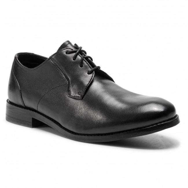 plain black leather shoes