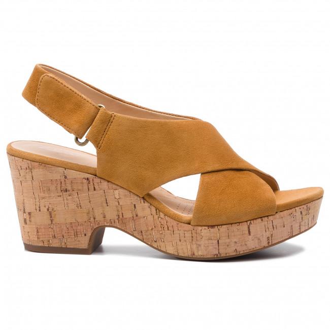 Sandals CLARKS Maritsa Lara 261401214 Ochre Suede