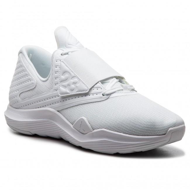 Tubería Gimnasta Bombero  Shoes NIKE - Jordan Relentless AJ7990 100 White/White - Sneakers - Low shoes  - Men's shoes | efootwear.eu