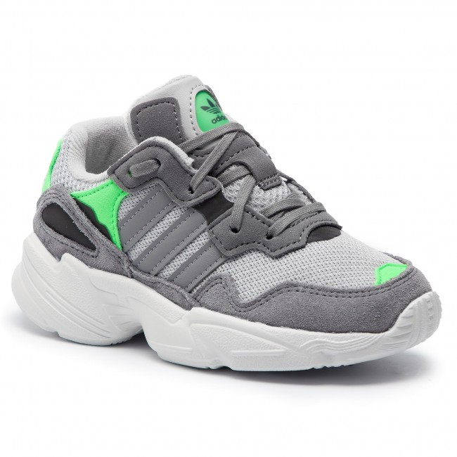 esconder Traducción Sentimental  Shoes adidas - Yung-96 C F34280 Gretwo/Grethr/Shopnk - Laced shoes - Low  shoes - Boy - Kids' shoes | efootwear.eu