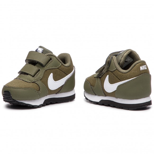 Acompañar provocar Alegrarse  Shoes NIKE - Md Runner 2 (TDV) 806255 201 Medium Olive/White Black ...