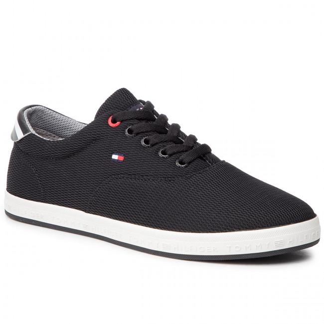 Plimsolls TOMMY HILFIGER Essential Oxford Textile Sneaker FM0FM02052 Black 990