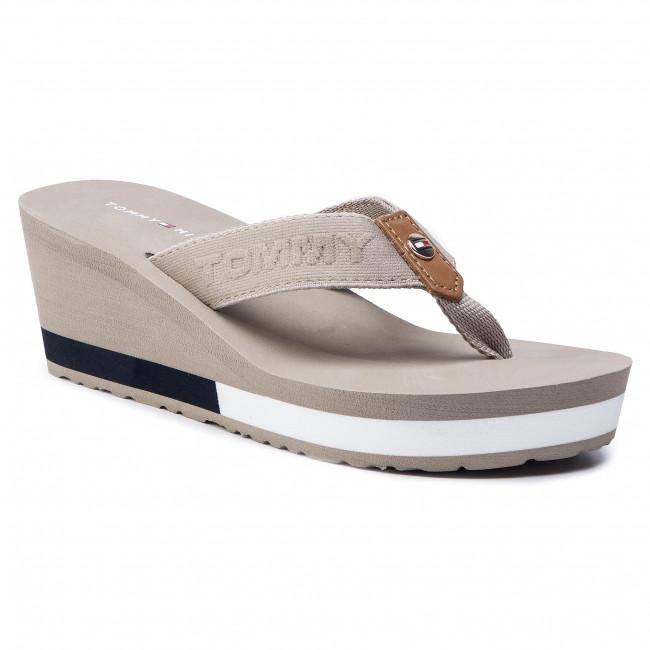 Tommy Hilfiger Womens  Flip Flop Wedge  Sandals