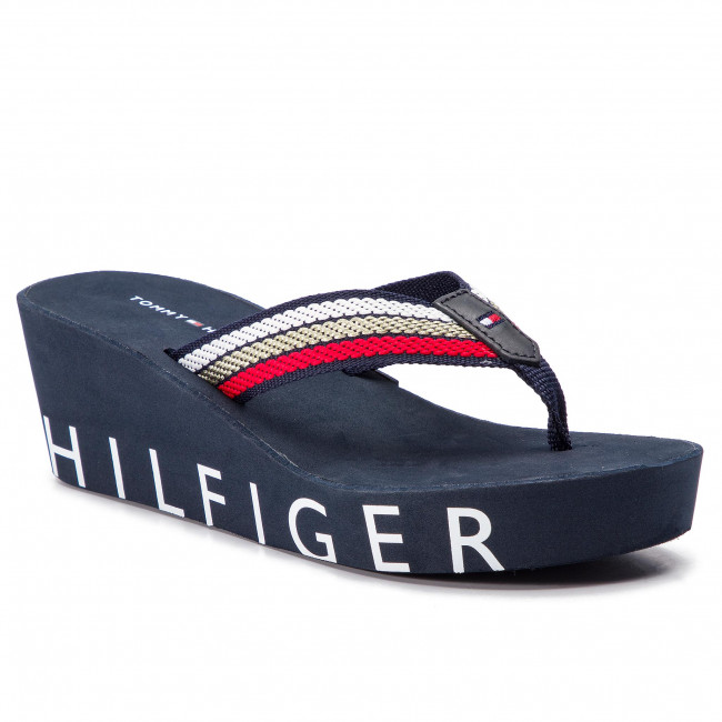Slides TOMMY HILFIGER - Iconic Wedge Beach Sandal FW0FW03866 Rbw 020