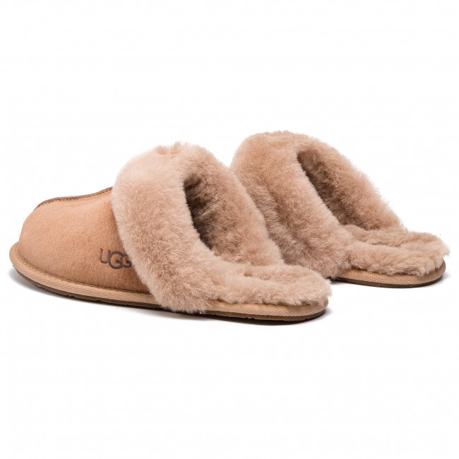 Slippers UGG - W Scuffette II 5661 W