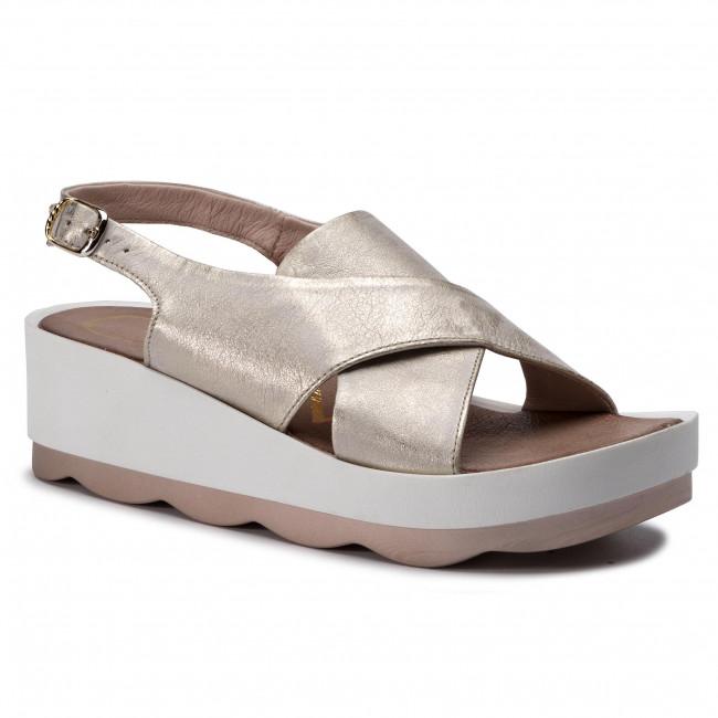 Sandals CARINII - B4978 F76-000-000-D26