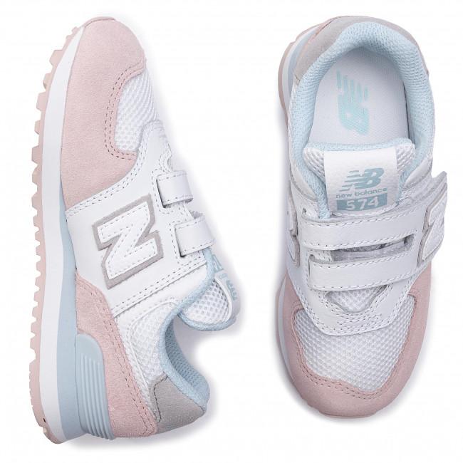 New Balance chaussures avec des sangles velcro