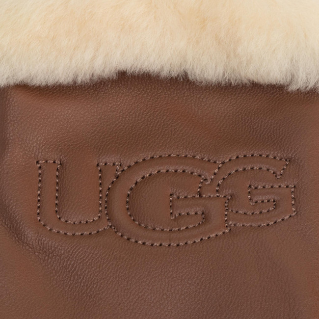 women s gloves ugg w classic leather logo glove 19034 chestnut women s gloves gloves leather goods accessories efootwear eu women s gloves ugg w classic leather logo glove 19034 chestnut
