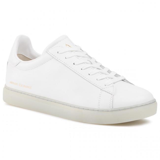 XUX001 XV093 00152 Optical White