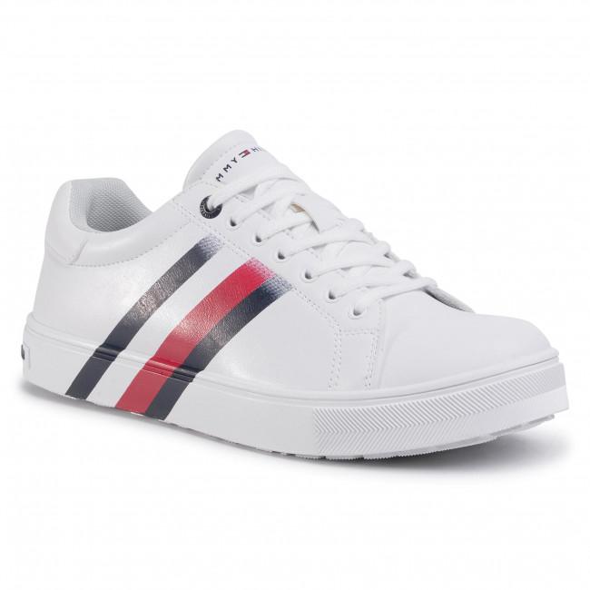Low Cut Lace-Up Sneaker T3B4-30721-0901