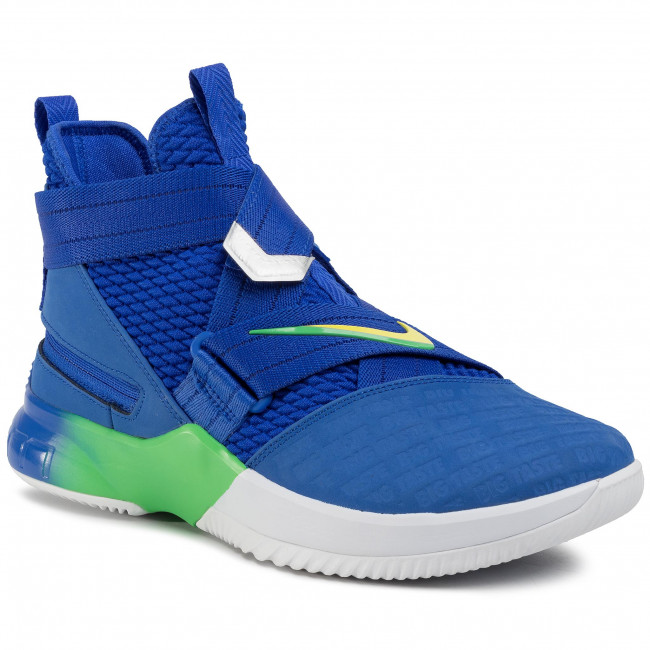 Shoes NIKE - Lebron Soldier XII Flyease